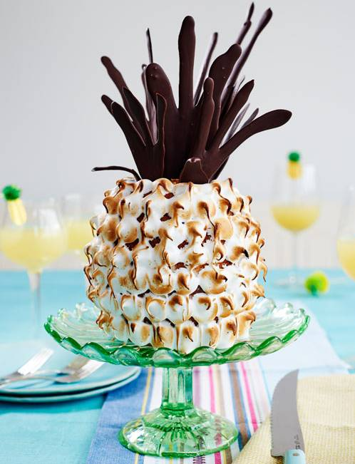 Recipe: Pineapple and coconut 'pineapple' cake