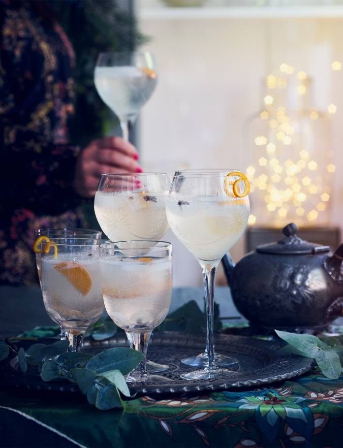Recipe: Christmas-spiced G&T