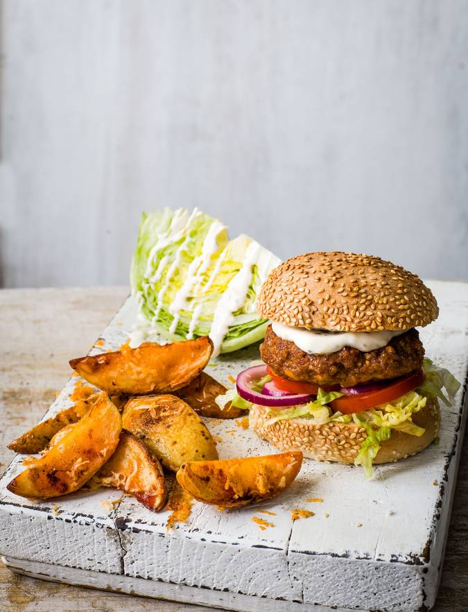 Recipe: Smoky pork burger and wedges