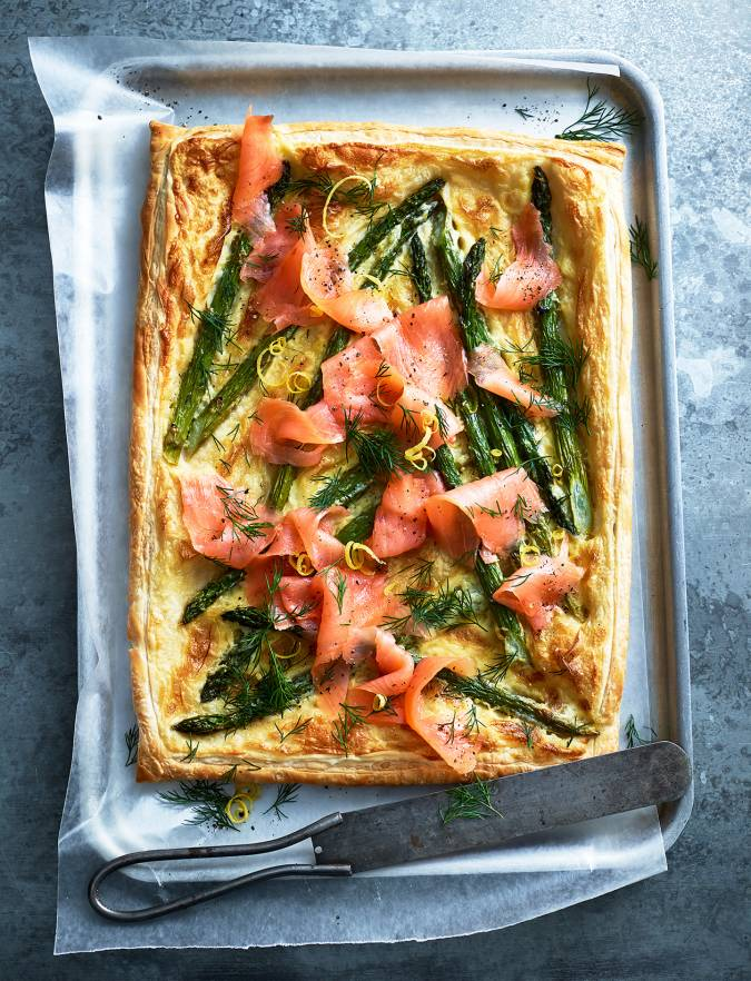 Recipe: Asparagus, smoked salmon and hollandaise tart