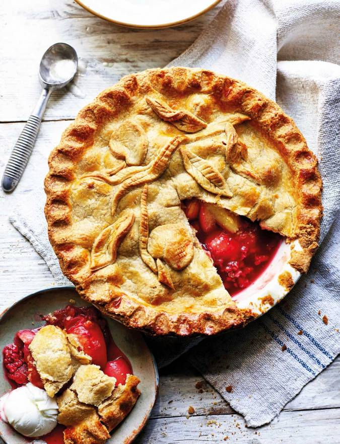 Recipe: Nectarine and raspberry pie with brown sugar pastry