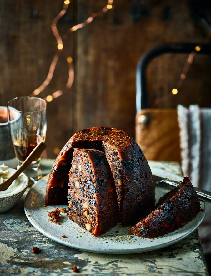 Recipe: Slow cooker Christmas pudding with amaretto
