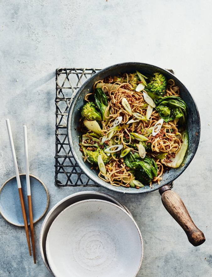 Recipe: Crispy lamb noodles