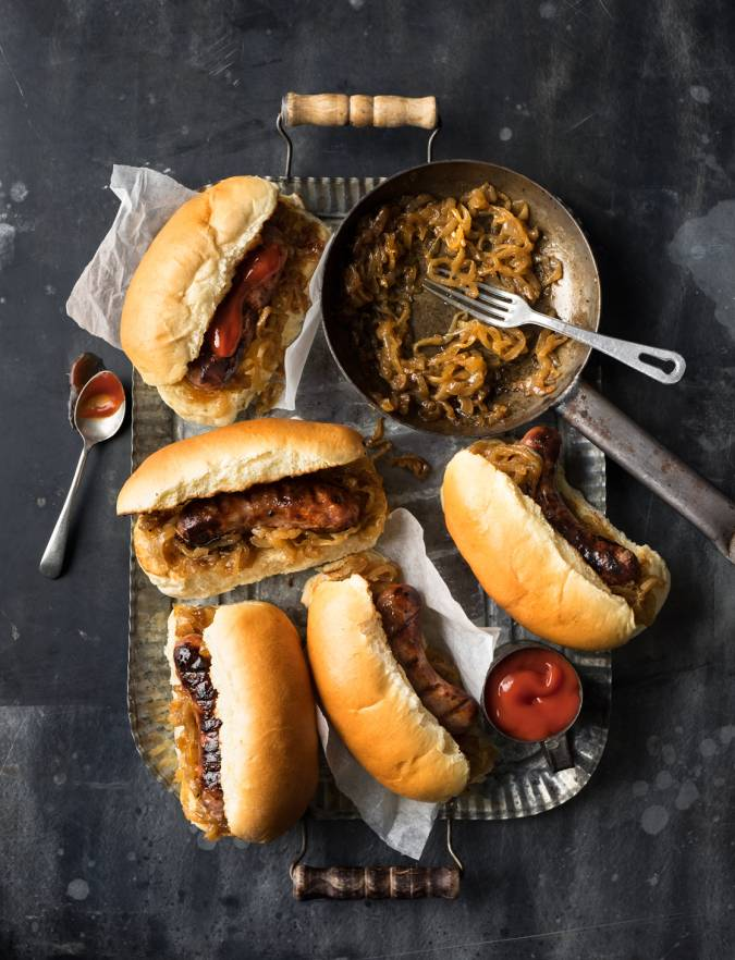 Recipe: Sausages with beer-braised onions