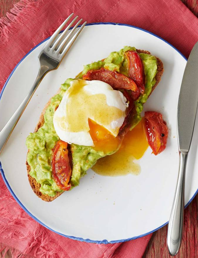 Recipe: Avocado toast with poached egg and Tabasco