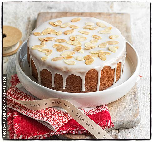 mothers-day-almond-cake.jpg