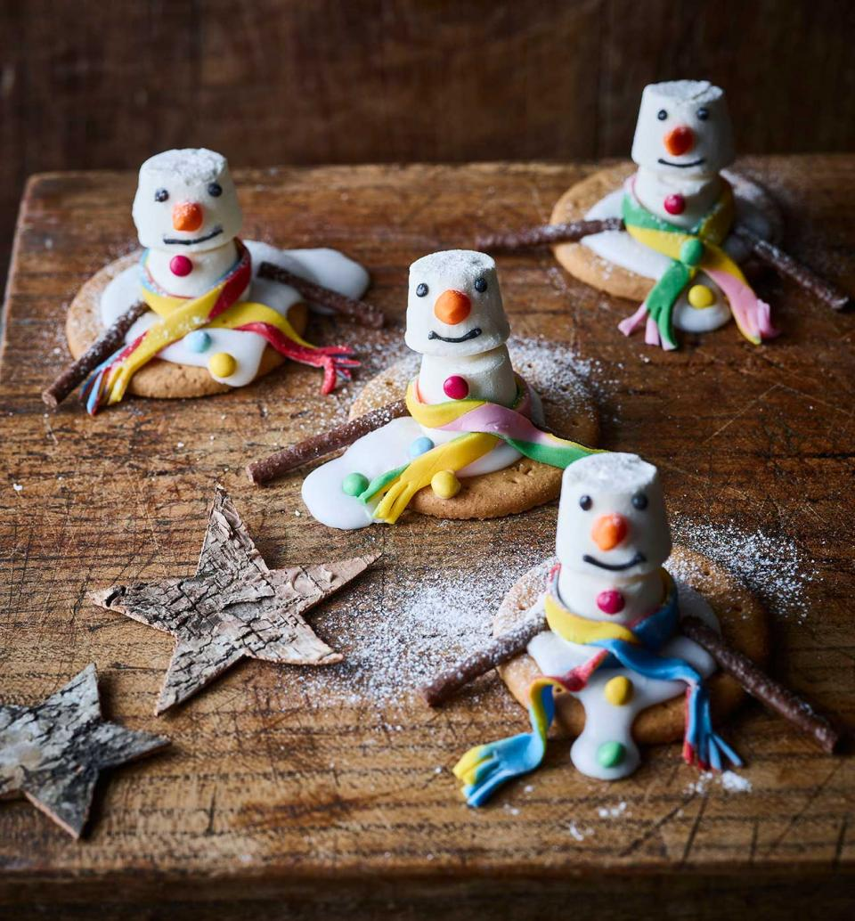 How To Make Melted Snowman Biscuits Sainsbury S Magazine