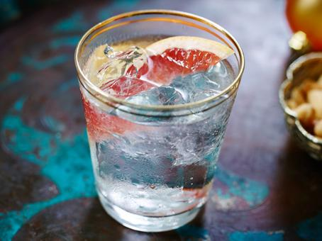 perfect-gin-and-tonic.jpg